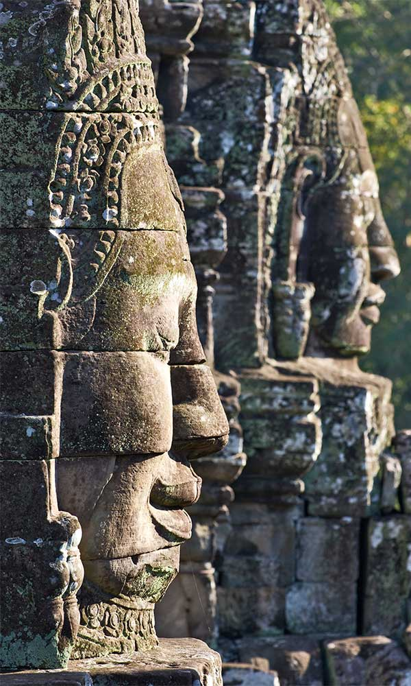 Temple d'Angkor, Cambodge statues