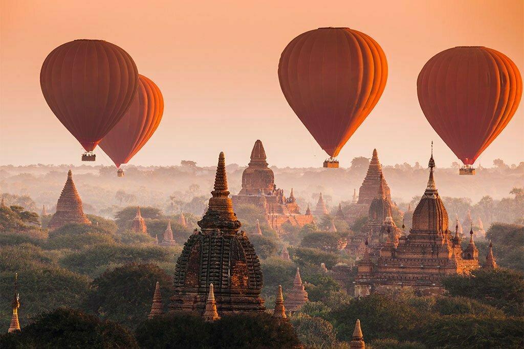 Temples et mongolfières à Bagan