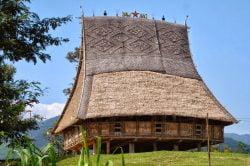 Maison surélevée à Buon Me Thuot
