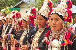 Femmes en habits traditionnels à Chiang Rai