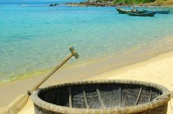 Phu Quoc plage et bateau panier