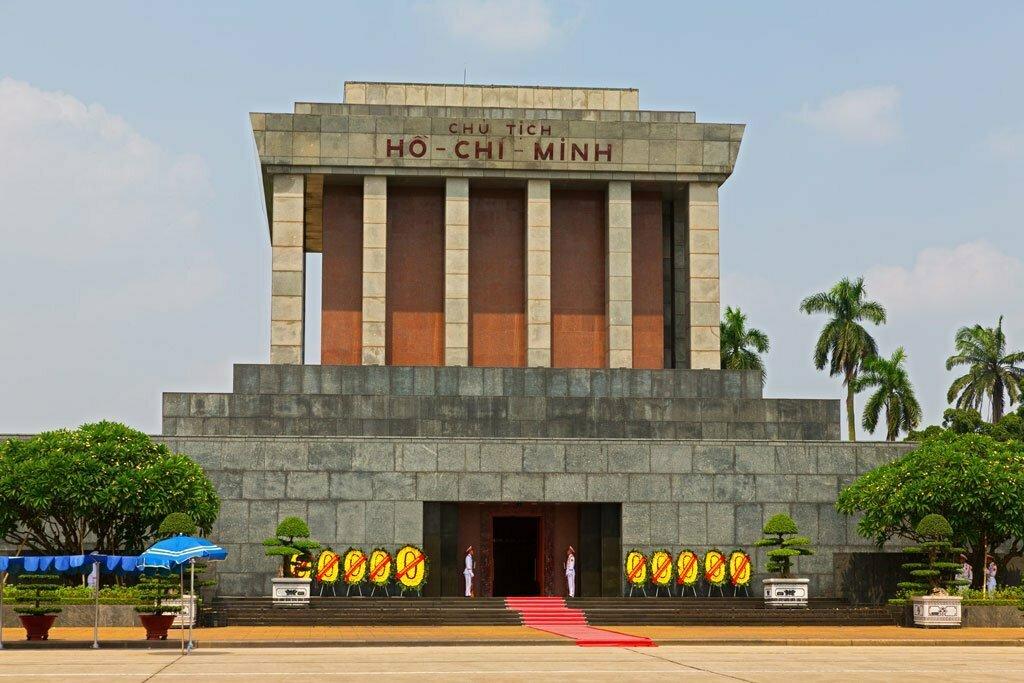 Le Mausolée d'Ho Chi Minh à Hanoi