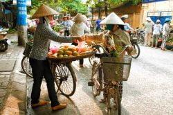 Les marchandes ambulantes d'Hanoi