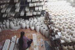 Atelier de poterie à Hanoi