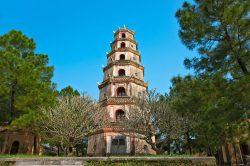 Tour en brique à Hue