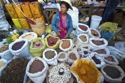 Vendeuse d'épices à Kalaw