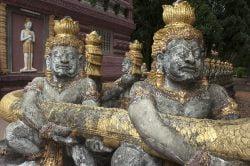 kampong cham statues