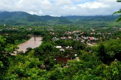 luang prabang vue sur les montagnes et la végétations