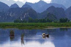 Les montagnes de Ninh Binh