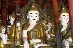 Statues colorées en Birmanie