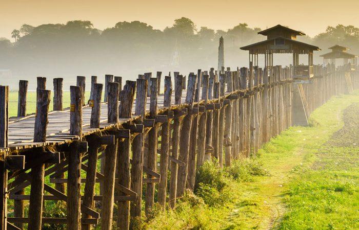 mandalay birmanie pont en bois dans la campagne