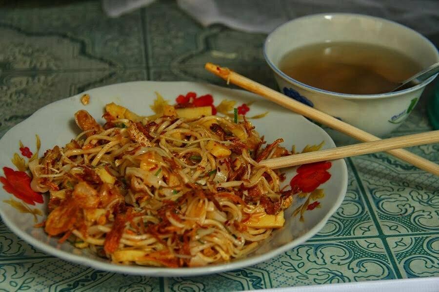 plat de nouilles en birmanie