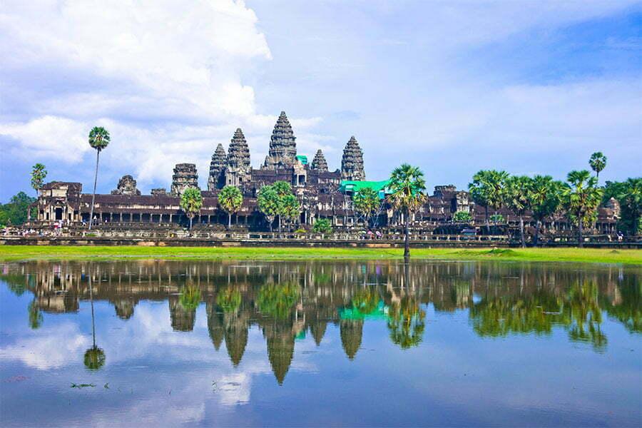 siem reap cambodge, temple d'Angkor, reflet dans l'eau