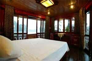 chambre de luxe avec vue sur la baie d'Halong