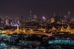 grand palace Bangkok en Thaïlande de nuit