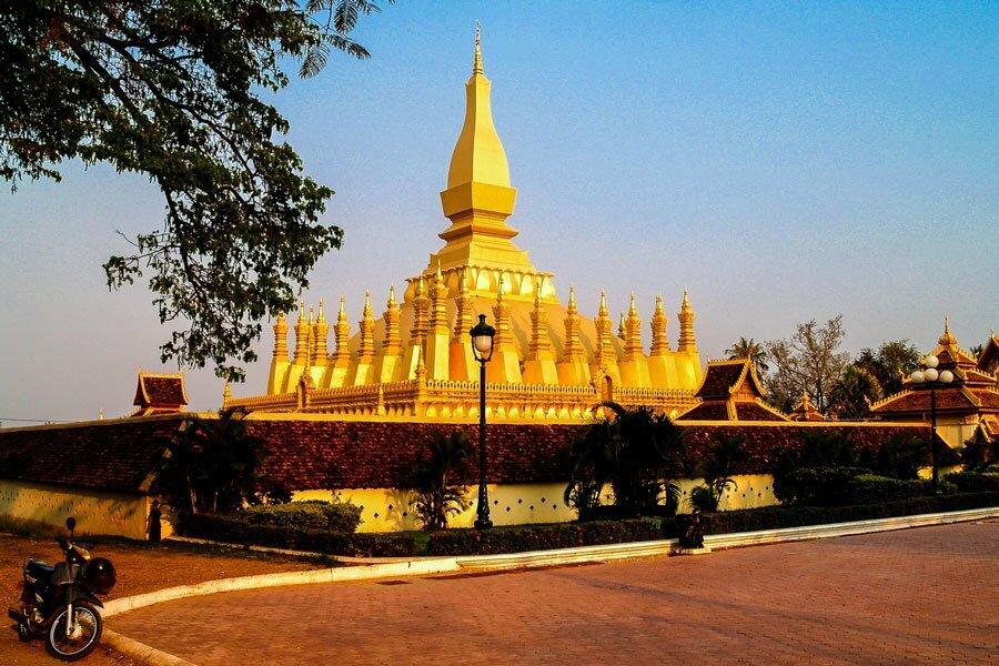 Temple doré à Vientiane