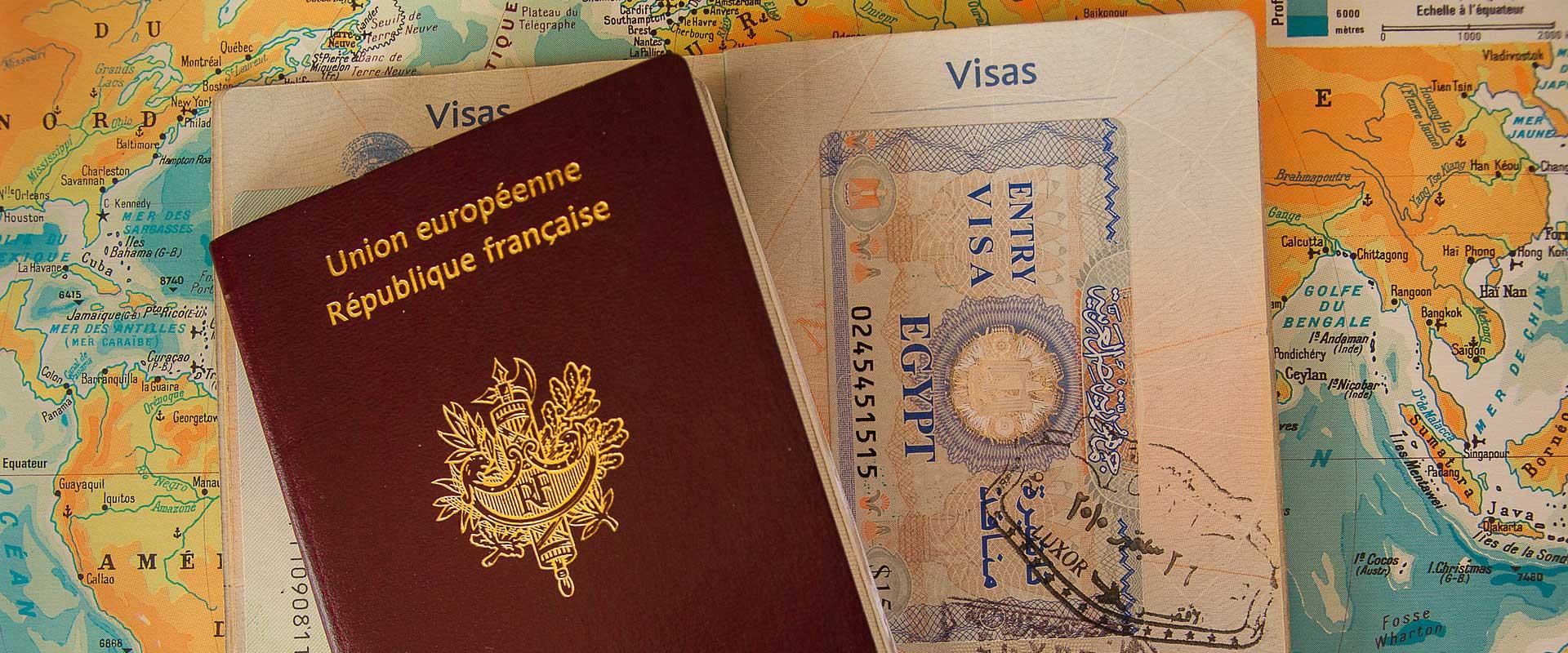 Passeport, visa et carte du monde