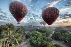montgolfières allant vers bagan birmanie