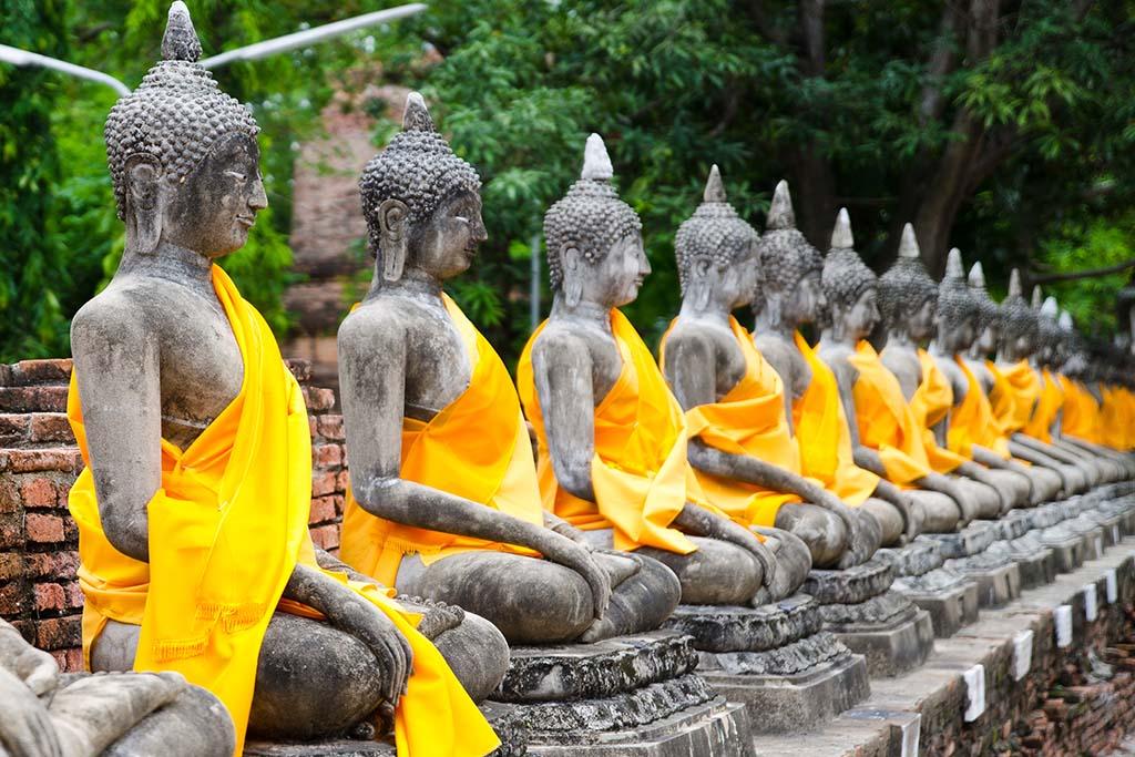 bouddha et temple à Ayutthaya Thailande