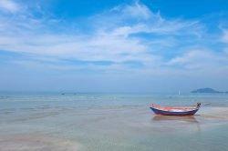 barque sur l'eau Thailande