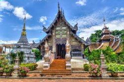 pagode chiang mai thailande
