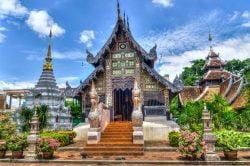 Temple et ciel bleu à Chiang Mai
