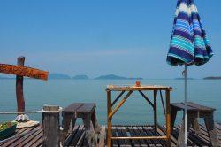 Terrasse pour déjeuner à Koh Lanta