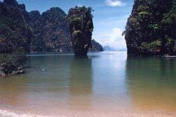 Baie de Phang Nga, ile de James Bond
