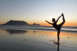 yoga sur la plage Thailande